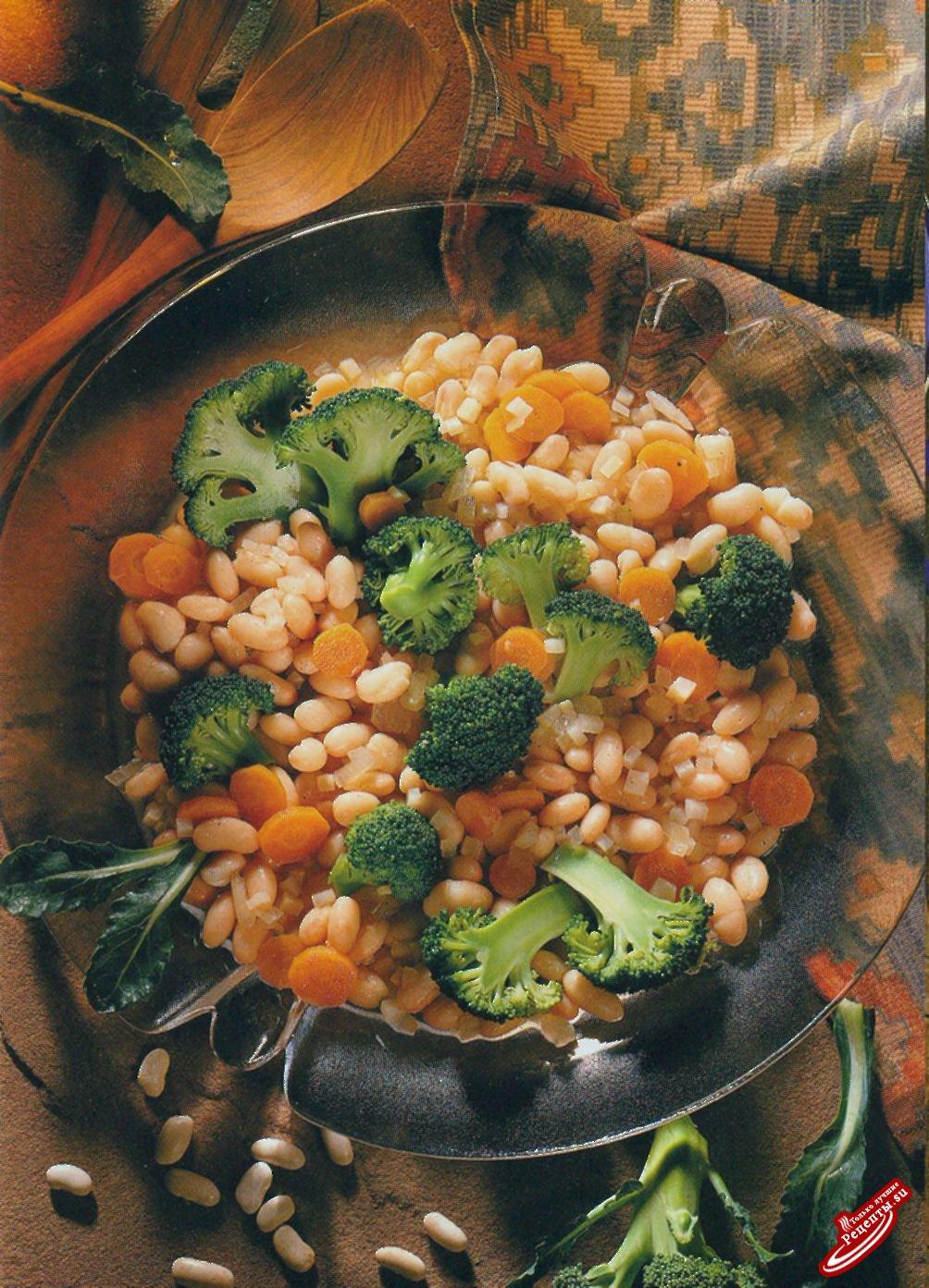Салат с лимскими бобами и брокколи