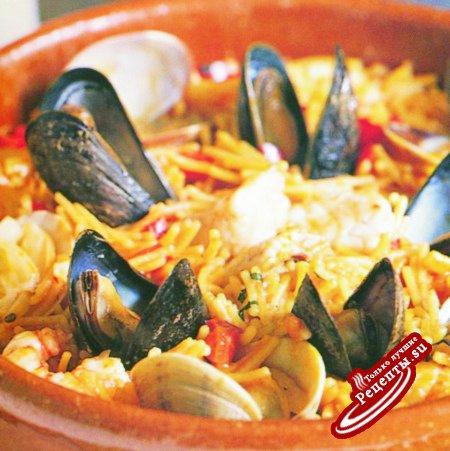 Испания вермишель с морепродуктами