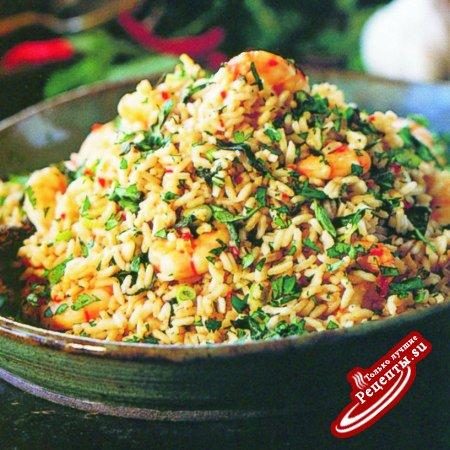 Таиланд. Рис, жаренный с креветками и базиликом