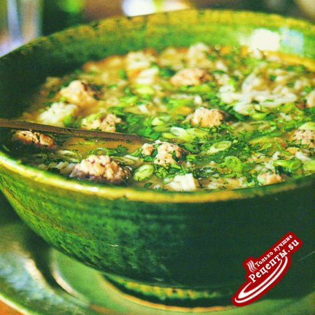 Таиланд. Суп со свининой, рисом и кинзой