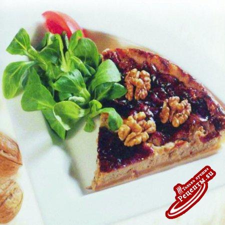 Пирог с сыром рокфор и орехами