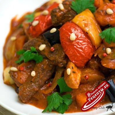 Вкуснейшее жаркое из свинины с овощами