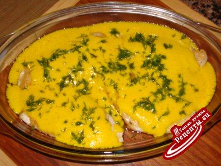 Филе морской рыбки с кунжутом под шафрановым соусом /мой вариант/