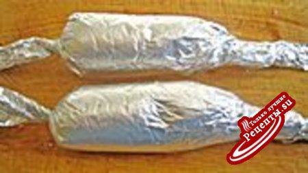 Фаршированные ножки с бобами и свекольно-картофельным пюре.