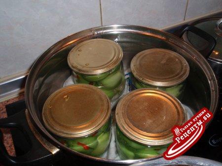 Зеленые помидоры маринованные