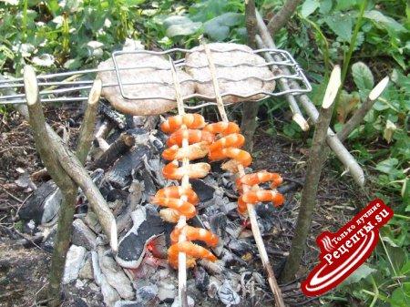мясные котлеты, приготвленные на углях