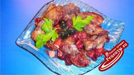 Куриная печёнка с вишней и луком пореем.
