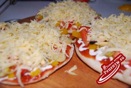 mini-пицца с мидиями