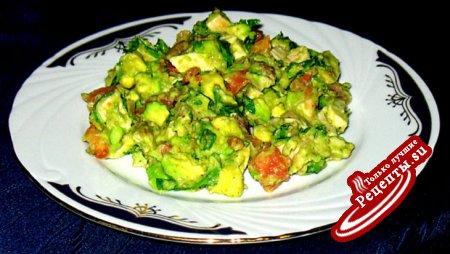 Салат из Авокадо с куриной грудкой-гриль