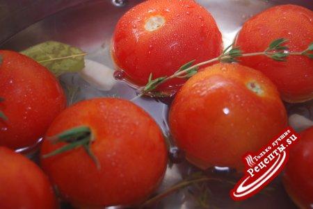 маринованные помидорки с тимьяном