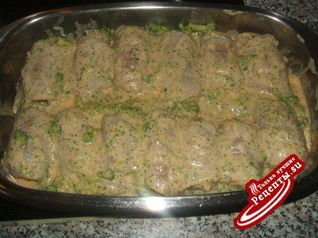 рыбные роллы с креветками в соусе