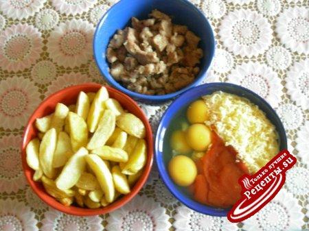 Фритатта с картофелем и свининой