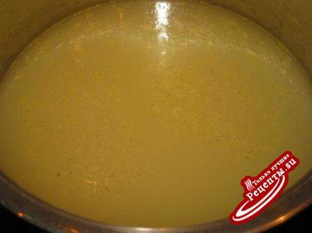 Огурцы соленые консервированные