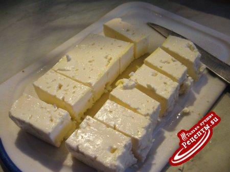 Рулетики из цукини с сыром фета