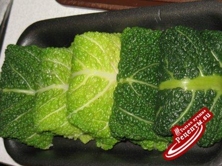 Голубцы из савойской капусты с креветками. Горячая закуска