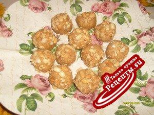 Арахисовые шарики.
