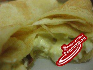 Блинчатые рулетики с ароматным колбасным сыром...)