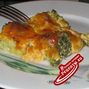 Брокколи под сырным соусом