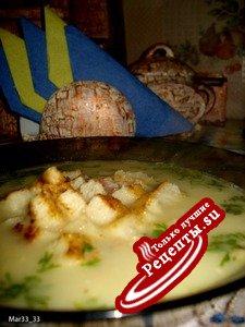 Гороховый суп со сливками и чесноком