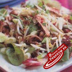 Хрустящий салат с говядиной