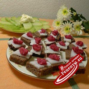 http://recepies.su/uploads/thumbs/kanape-s-salom-i-hrenom-zakuska-iz-redki-recept-provinivshegosya-muzha.jpg