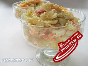 КапуСТный-ВкуСТный салат с творогом и яйцом.