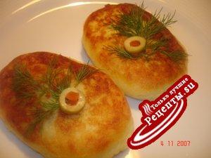 Картофельники с икрой из белых грибов