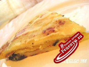 Картофельный постный пирог с баклажанами.