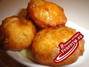 Лукумадес/пончики/с баклажанами и мёдом