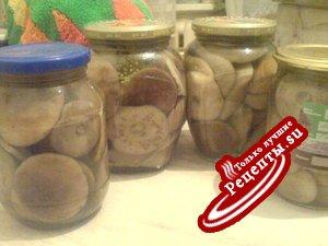 Маринованные подберезовики и белые грибы