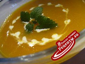 Оранжевый суп-пюре с апельсиновым соком