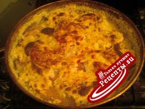 Пангасиус с сыром и помидорами