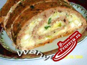 Рулет из горбуши с сыром, яйцом и зеленым луком