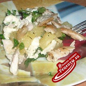 Салат из курицы с ананасом и фетой