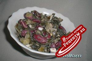 Салат из морской капусты и фасоли
