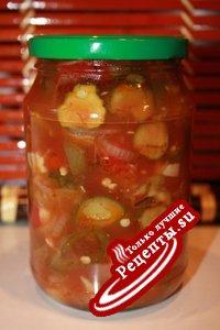 Салат из томатов,огурцов и сладкого перца.Острый