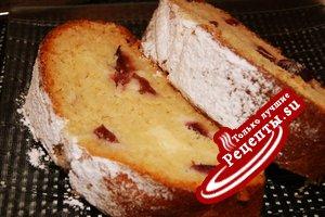 Сливовый пирог-рулет с сырным кремом