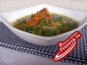 Суп из копченой курицы с зеленой фасолью и брокколи.