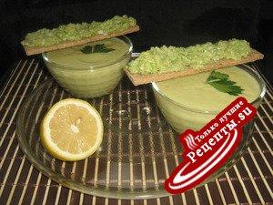 Суп-крем из кабачков с авокадо.