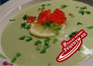 """Суп-пюре из авокадо """"Красные острова""""."""