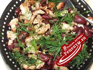 теплый салат красная фасоль + свинина