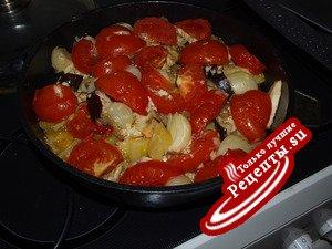 тушенные овощи с курицой ( по турецки)